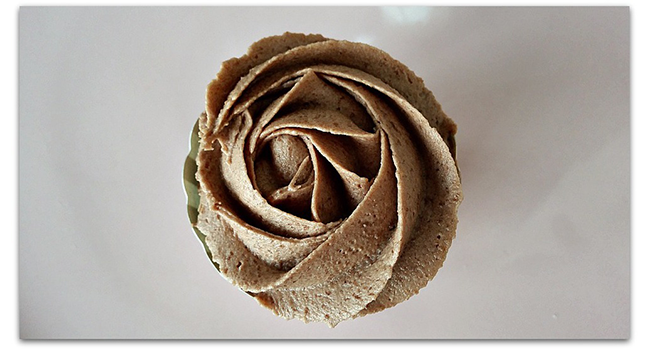Homemade Nutella Frosting